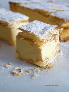 Kremówka – Zjem to! Sweet Recipes, Cake Recipes, Hungarian Cake, Custard Desserts, Sweets Cake, Polish Recipes, Food Cakes, Cream Cake, Let Them Eat Cake