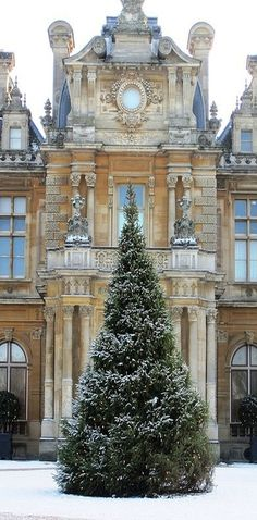 Waddesdon Manor in Buckinghamshire, UK - via The Paper Mulberry: Christmas is coming! Christmas In Paris, Noel Christmas, Christmas Is Coming, Winter Christmas, English Christmas, Magical Christmas, Outdoor Christmas, Christmas Trimmings, Christmas In England