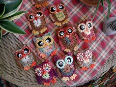 Ravelry: Hooties pattern by Dawn Sparks