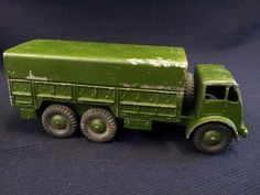 DINKY TOYS 10 TON FODEN ARMY TRUCK