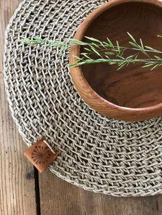 Natural Placemats, Rustic Placemats, Linen Placemats, Linen Tablecloth, Lino Natural, Natural Linen, Modern Crochet, Crochet Home, Crochet Blankets