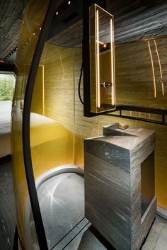 Morphosis entwirft Schlafzimmer für Hotel im Zumthor Vals Spa Open Bathroom, Bathroom Spa, Washroom, Bathroom Remodeling, Exterior Design, Interior And Exterior, Modern Rustic Decor, Country House Interior, Hotel Interiors