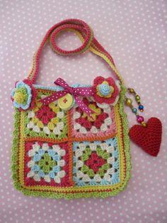 Crochet minnie bag pattern. £2.75, via Etsy.