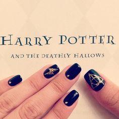 Amazing Harry Potter Nails - Likes Nail Art Harry Potter, Harry Potter Nails Designs, Manicure And Pedicure, Gel Nails, Acrylic Nails, Cute Nails, Pretty Nails, Long Lasting Nail Polish, Nail Photos