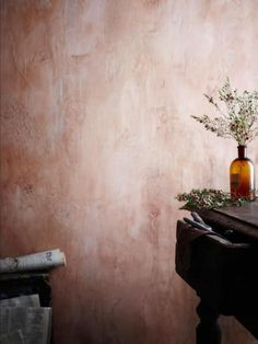 Rustic wall- I love these walls. Ive seen it done in a kitchen with mesh chicken wire subtly exposed through the plaster- looked fabulous. (Bottle Painting With Lights) Textures Murales, Terracotta, Murs Roses, Distressed Walls, Tadelakt, Old Wall, Wall Finishes, Rustic Walls, Pink Walls
