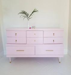 Pink Dresser, 9 Drawer Dresser, Drawers, Furniture Makeover, Diy Furniture, Bedroom Furniture, Credenza Decor, Mid Century Modern Dresser, Thrift Store Crafts