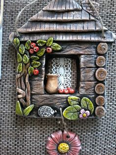 Clay Art Projects, Polymer Clay Projects, Diy Clay, Polymer Clay Art, Clay Houses, Ceramic Houses, Ceramic Clay, Clay Wall Art, Sculptures Céramiques