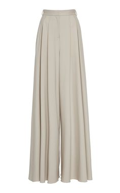 Brandon Maxwell's suiting pants are crafted from a wool-blend fabric and feature a wide-leg silhouette. Style them with the brand's crop top to complete the look. Muslim Fashion, Hijab Fashion, Fashion Dresses, Simple Outfits, Classy Outfits, Estilo Kardashian, Hijab Style, Pants For Women, Clothes For Women