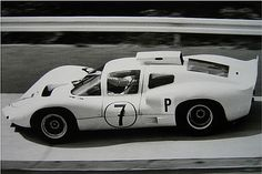 1967 Mike Spence, Chaparral 2F Sports Car Racing, Racing Team, Sport Cars, Road Racing, Auto Racing, Can Am, Vintage Racing, Vintage Cars, Vintage Auto