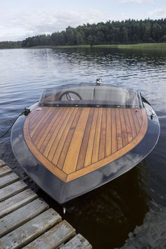 Have you been thinking about building your own boat, but think it may be too much hassle? It is true that boat plans can be pretty complicated. Plywood Boat Plans, Wooden Boat Plans, Wooden Boat Building, Boat Building Plans, Cool Boats, Small Boats, Wooden Speed Boats, Runabout Boat, Classic Wooden Boats