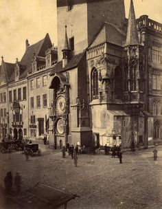 Anonymous (BB929) Prague. City Hall. Albumen print from the period. Circa 1890.
