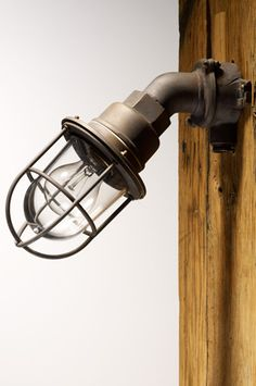 Mooie buitenland RA132 lamp van EVM.