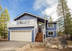 This 3BR/2BA home is located just 9 miles from Sierra at Tahoe's Ski Resort