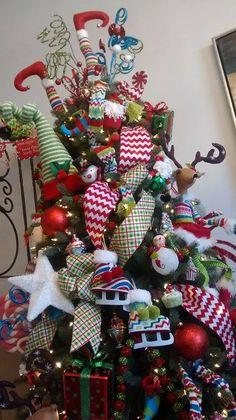 Christmas Tree By Jessica Pascal Decoraciones.