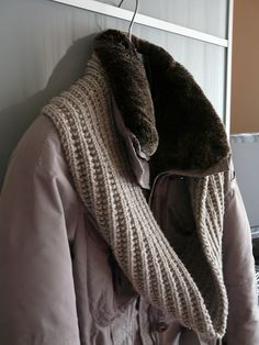 Free Pattern: Merci Scarf by Susan Rainey