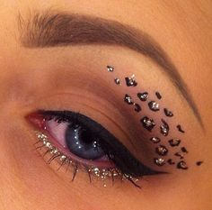 Best cheetah makeup I've seen. So cute and simple