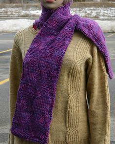 Ivy Brambles Queen of Hearts Scarf Pattern