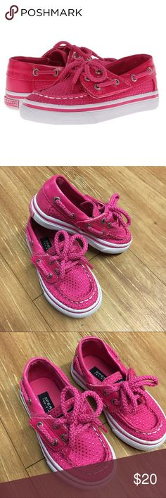 """Sperry Bahama Jr Pink Dot Canvas Boat Shoes 5.5M Sperry Bahama Jr Pink Dot Canvas Boat Shoes 5.5M  These are in VERY VERY GOOD condition.  Look to have been worn little.  Hook and loop is the fastening - laces are faux and do not untie.  Outsole measures *just* under 6"""".  #boatshoes #bahamajr #shoes #pinkdot #polkadot #polkadots #dots #pink #canvas #shoes #kicks #summerkicks #coolkicks #preppy #sperry Sperry Shoes"""