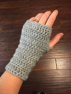 Simple Crochet Wrist Warmers - pattern                                                                                                                                                                                 More