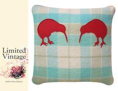 Wool Blanket, Cuddling, New Zealand, Creative Ideas, Blankets, Teal, How To Make, Vintage, Fleece Knot Blanket