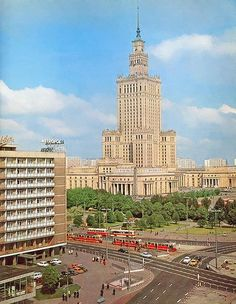 [Warszawa] Lata PRLu - Page 12 - SkyscraperCity Poland Cities, Science Drawing, Russian Architecture, Socialist Realism, Warsaw Poland, Ppr, Beautiful Buildings, Willis Tower, Empire State Building