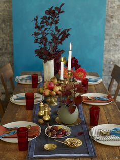 Thanksgiving Decorating Ideas: Center of Attention #thanksgiving #decorating #fall