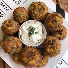 Food Tasting, Breakfast Snacks, Food Decoration, International Recipes, Tandoori Chicken, Baked Potato, Feta, Food And Drink, Ethnic Recipes
