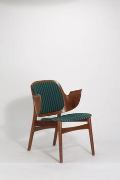 "Hans Olsen, Lounge Chair ""Elbow Chair"" (1960)"
