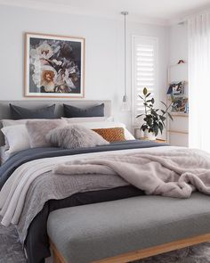 Modern Bedroom Decor Ideas Look Luxury - Home Decor Interior Home Decor Bedroom, Bedroom Bed, Spare Bedroom Ideas, Lilac Bedroom, Master Bedroom, Bedroom Cushions, My New Room, Home Fashion, Apartment Living