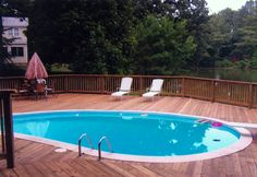 Hardwood Swimming Pool Decking