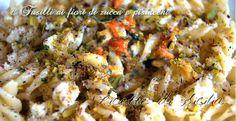La pasta con fiori di zucca e pistacchi di Bronte è un gustoso piatto che racchiude sapori unici della Sicilia