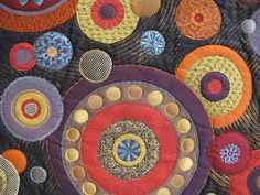 linen silk: Festival of Quilts 2010 - Part 3 (Contemporary Quilts) Wool Embroidery, Wool Applique, Applique Quilts, Circle Quilts, Textiles, Quilt Festival, Contemporary Quilts, Penny Rugs, Fabric Art