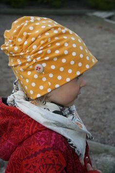 harakan lauluja: ruttupipo Purse Organization, Sewing Hacks, Necklace Lengths, Bucket Hat, Purses, Hats, Clothes, Vintage, Fashion