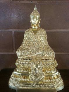 Phra Khaew Moragod (Smaragd Buddha) Statue aus dem Wat Phra Kaew in Bangkok