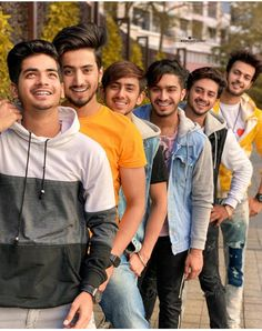 Tik Tok star: which becomes famous on tik tok. Teen Celebrities, Celebs, I Miss You Cute, Cute Couple Selfies, Virat Kohli And Anushka, Cute Boy Photo, Chocolate Boys, Cute Stars, Boys Dpz