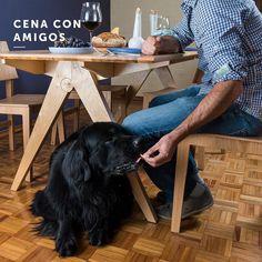 Plan de jueves en la noche?  Cena con amigos! Sin duda nuestras mascotas son grandes amigos con los que compartimos nuestra casa y un tiempo de nuestra vida.  #amigos #mascotas #cena #casa # familia #hogar #muebles #madera #diseño