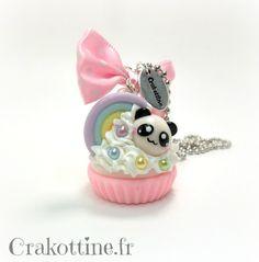 Collier Cupcake Panda Kawaii Polymer Clay Figures, Cute Polymer Clay, Cute Clay, Polymer Clay Charms, Polymer Clay Jewelry, Panda Cupcakes, Easy Diy Crafts, Cute Crafts, Ideas