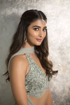 The Hottest and Sexiest Indian Women — Pooja Hegde Bollywood Actress Hot, Beautiful Bollywood Actress, Beautiful Indian Actress, Beautiful Actresses, Beautiful Women, Beautiful Body, Beautiful Models, Simply Beautiful, Bollywood Photos