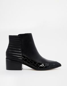 ASOS really know how to hit my soft spot with these amazing pointed toe ankle boots! Everything about them is just spot on. Find them here: http://asos.to/1qw6sgC