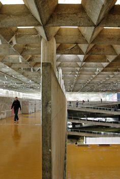 Gallery of AD Classics: Faculty of Architecture and Urbanism, University of São Paulo (FAU-USP) / João Vilanova Artigas and Carlos Cascaldi - 4