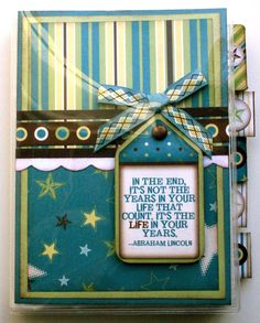 f8399b19112 journal - I like the idea on this cover Mini Scrapbook Albums