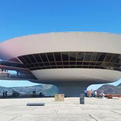 Niteroi Contemporary Art Museum