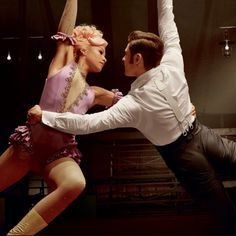 Zac Efron & Zendaya Duet For 'Greatest Showman' Soundtrack – Listen to 'Rewrite The Stars' Here! Love Movie, Movie Tv, Showman Movie, Trauma, The Greatest Showman, Zendaya Coleman, Zac Efron, Greatest Songs, Album Covers