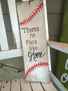 Do you ask why baseball that has people so popular? This article gives you need regarding baseball. If you're the baseball manager and you see that your team is not doing well at practice, you may want to change things up. Pallet Crafts, Pallet Art, Wood Crafts, Diy And Crafts, Pallet Signs, Diy Pallet, Bible Crafts, Pallet Ideas, Baseball Signs
