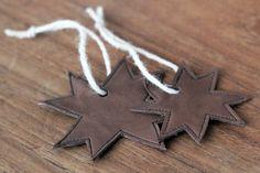mariefriis: DIY - Stjerne i skinn Cookie Cutters, November, Christmas, Diy, Ideas, November Born, Xmas, Bricolage, Weihnachten