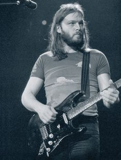 .B. - David Gilmour and Pink Floyd at Wembley March 1977