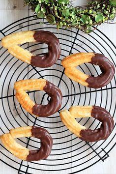ホットケーキミックスでできる!カリッともちもちな「チュロス」の作り方