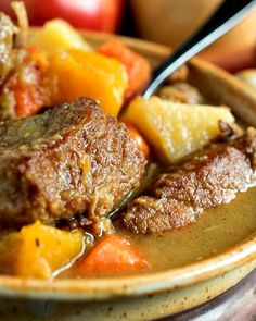 Autumn Pork Stew - Tender chunks of pork, apples, potatoes and butternut squash are combined to create the ultimate comfort food! Whole 30 Recipes, Greek Recipes, Pork Recipes, Cooking Recipes, Low Sodium Recipes, Low Calorie Recipes, Pork Stew, Greek Cooking, Oven Dishes