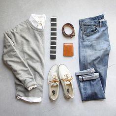 Cool spring days, always my fav ___ Sweatshirt: @toddsnyderny slub sweatshirt Denim: RRL Shoes: @vans @jcrew Belt: @rancourtco Shirt: @jcrew Wallet: @tannergoods Tie: @gap