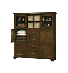 Holly Personal Armoire